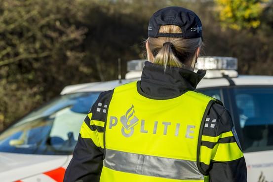 Politie zoekt doorrijder na ongeval in Aarlanderveen