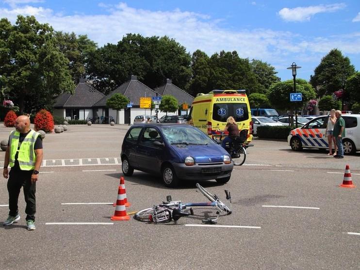 Fietser gewond bij aanrijding in Lisse