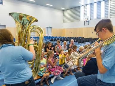 Amerikaanse klanken in basisschool Oosthuizen