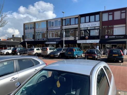Alkmaars winkelcentrum Willem de Zwijger wil blauwe zone om uitwijkparkeerders ziekenhuis te weren