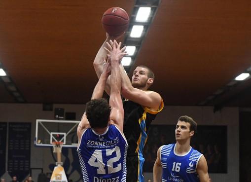 Sterk Den Helder Suns overloopt concurrent Aris met grote cijfers