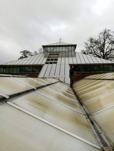 LIVEBLOG: zware storm trekt over Leidse regio