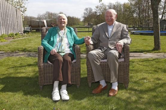 Diamanten paar Miep en Piet Splinter: 'Canada? Nee, het is en blijft Ankeveen'