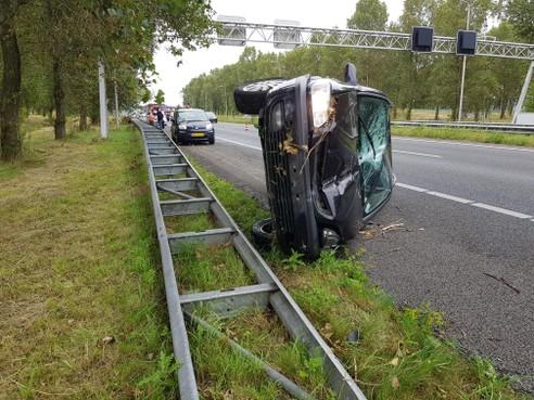 A7 bij Wognum weer open na ongeluk met twee auto's [update]