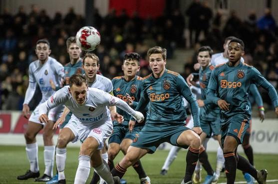 Gebrek aan koelbloedigheid Telstar frustreet Andries Jonker niet: 'Ik heb een oud-amateur en een jochie van achttien in de aanval'