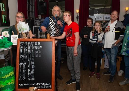 Cafégasten in Wormerveer steunen stichting Opkikker al tien jaar