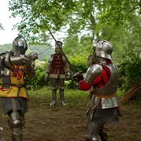 Ridders oefenen.