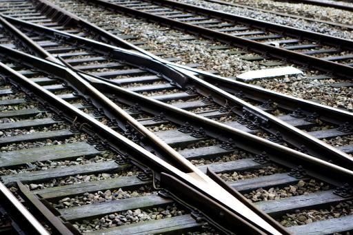 Problemen op het spoor richting Alphen aan den Rijn door beschadigde spoorbrug [update]