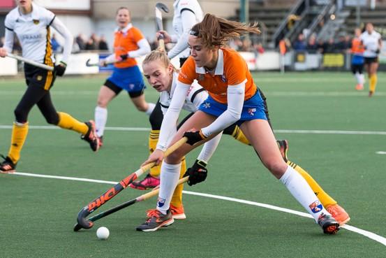 Bloemendaal coach Jeroen Visser diep teleurgesteld na gelijkspel hockeysters Bloemendaal
