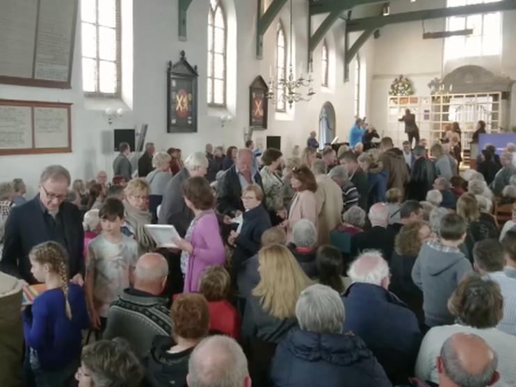 Indrukwekkende herdenking Beverwijkse slachtoffers holocaust [video]