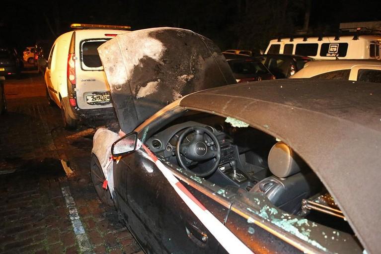 Auto zwaar beschadigd door brand bij vakantiepark in Halfweg