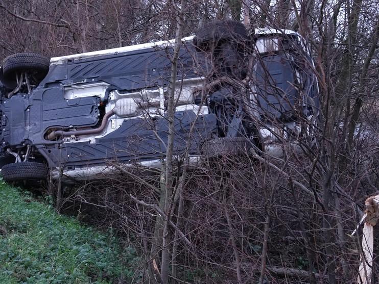 Automobilist raakt gewond bij ongeval op N246 in Wormerveer