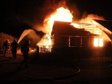 Levenswerk brandt tot de grond toe af op Koudenhoorn