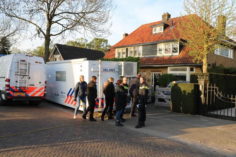 Politieonderzoek Lange Brinkweg Soest vanwege vermissing, bewoner gearresteerd [video]