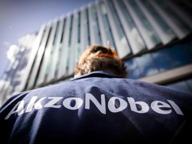 Ultimatum vakbonden aan AkzoNobel