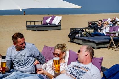 In Noord-Holland wonen de meeste bovenmatige drinkers van Nederland: vooral in Bergen en Laren wordt er flink gedronken