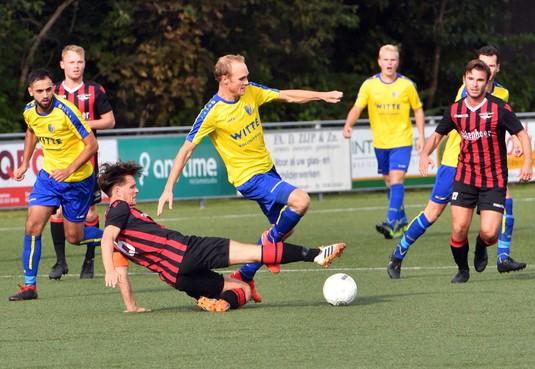 Bij LSVV moeten de spelers nog wennen aan elkaar en aan het niveau: 'Daar worden ze sterker van'