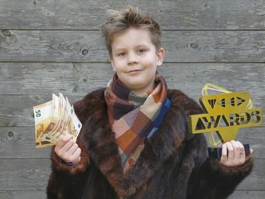 Noah (10) hit als YouTube-miljonair [video]