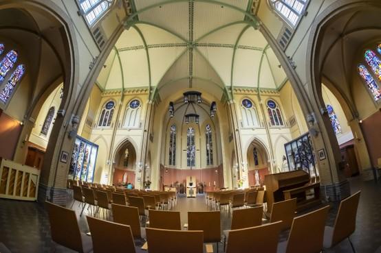 Laatste uur Sint Josephkerk in Alkmaar slaat: deuren sluiten na 110 jaar