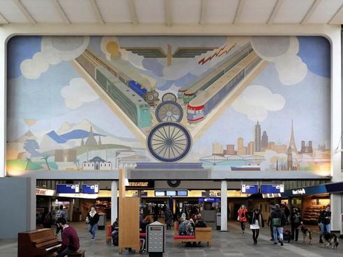 Kunst op Nederlandse stations in kaart gebracht