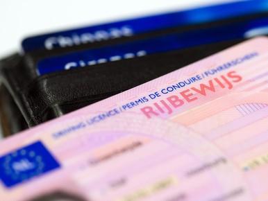 Beschonken automobilist moet rijbewijs inleveren in Nieuw-Vennep