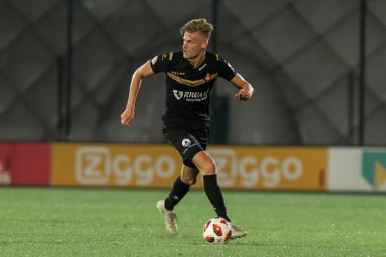 Contract Telstarspeler per direct ontbonden na valse ziekmelding voor Spurs tegen Ajax