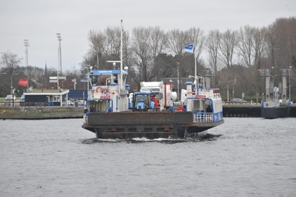 Pont vaart 24 uur lang niet tijdens OV-staking 28 mei, verkeersinfarct IJmond te verwachten: 'Fietsers en voetgangers hebben nul opties'