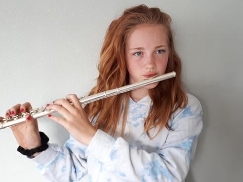 Muzikale Ashley (13) uit Julianadorp kan 32 instrumenten bespelen, maar niet zingen