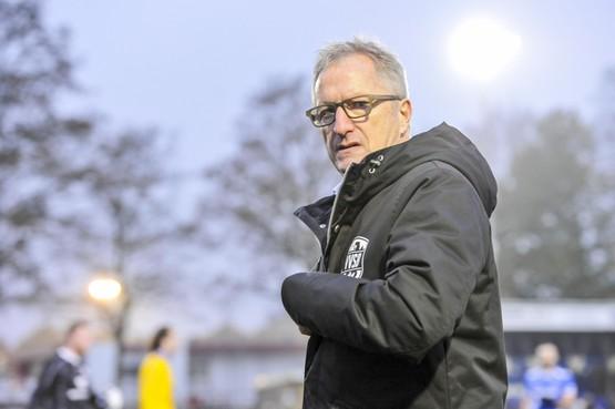 Trainer Eric Meijers verruilt VVSB per direct voor Spakenburg: 'Ik ben weer terug aan het front'