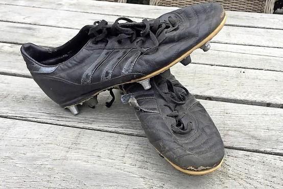 Verzameling Van De Velden: De schoenen van Litmanen en waarom Jari Adidas niet meer wilde promoten
