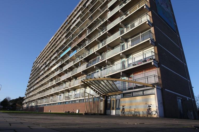 Drie nieuwbouwflats op plek 12-hoogflat aan IJmuidense Orionweg waarschijnlijk in 2021 klaar