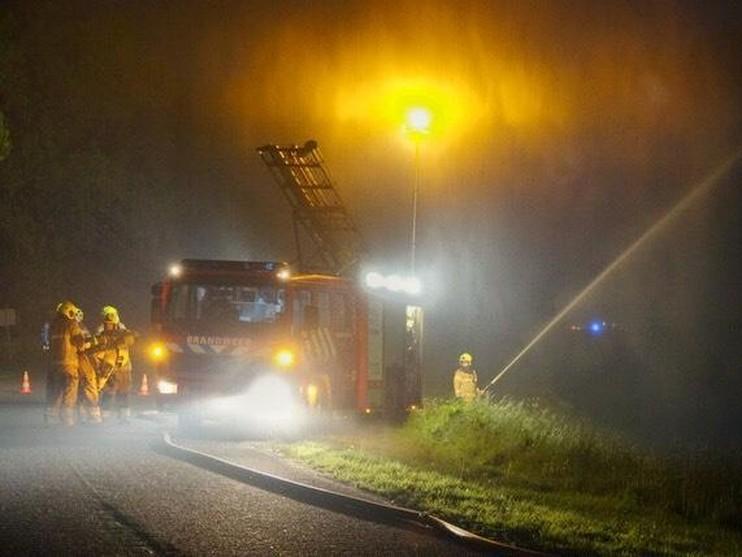 Grote brand in schuur Middenmeer
