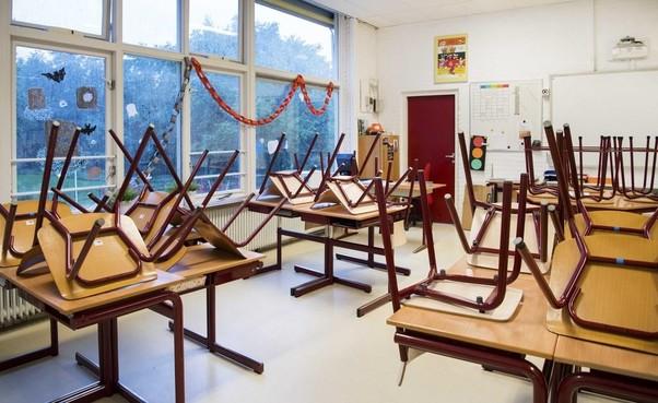 Een herhaling van het opheffen van een Leidse schoolklas kan niet worden uitgesloten