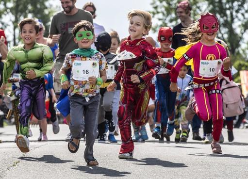 Kidsrun in Haarlems Reinaldapark: 'Ineens rende ik ze allemaal hard voorbij'