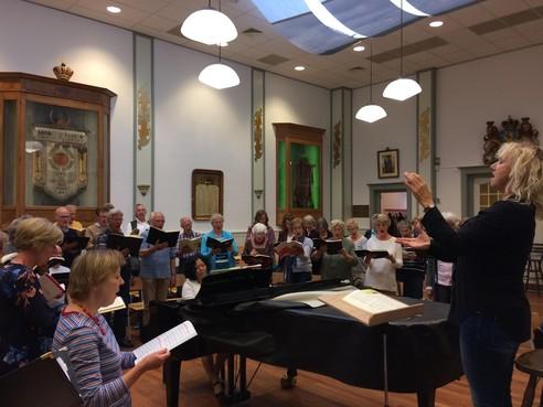 Heilig Vuur: Oratoriumkoor Kennemerland laat Rossini's mis lekker swingen