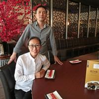 Ondernemerspaar Jianwu Xu en Jie Lin: 'We zijn direct op zoek gegaan naar een woning in Huizen'.