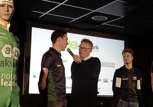 Erkend 'pechvogel' Willem Hoolwerf breekt zijn bekken bij nieuwe valpartij op de fiets