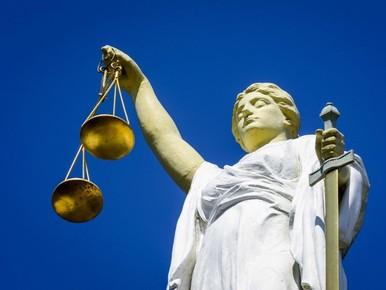 25 en 22 jaar cel voor liquidatie, Amsterdammer vrijgesproken