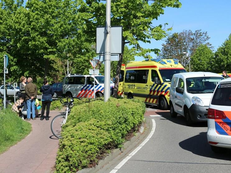 Fietser aangereden op rotonde Noordwijkerhout