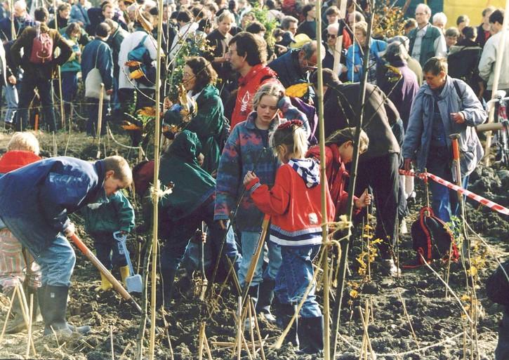 Bulderbos hield Polderbaan niet tegen. Maar na 25 jaar nog wel symbool tegen groei Schiphol [video]