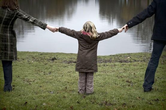 Vrijwilligers gezocht voor begeleiding omgangsregeling na scheiding: 'Kind mag nooit de dupe zijn'