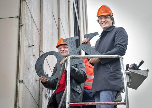 Start sloop Koningstein: einde van Haarlemse kantoorkolos uit jaren zestig aan de rand van Rozenprieel