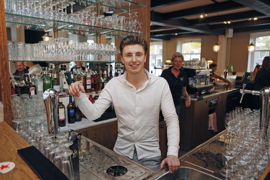 Nieuw café-restaurant in Weesp: 'Het grote geld' wijkt voor gezelligheid