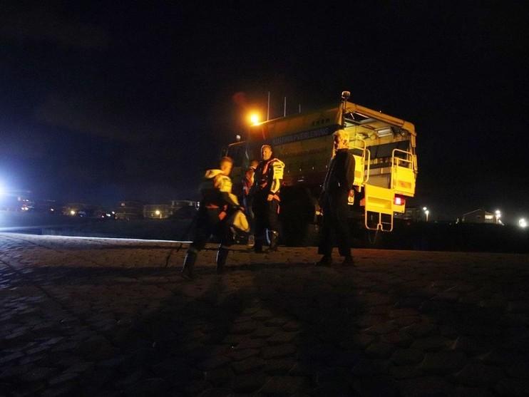 Twee personen uit zee gered bij Katwijk
