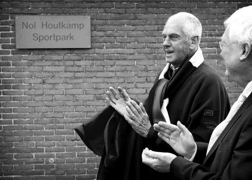 In memoriam: Nol Houtkamp
