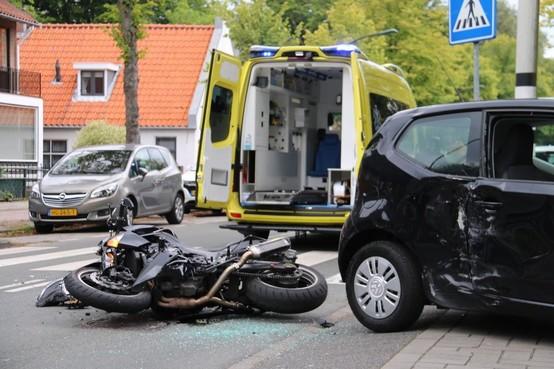 Motorrijder gewond bij botsing in Wassenaar