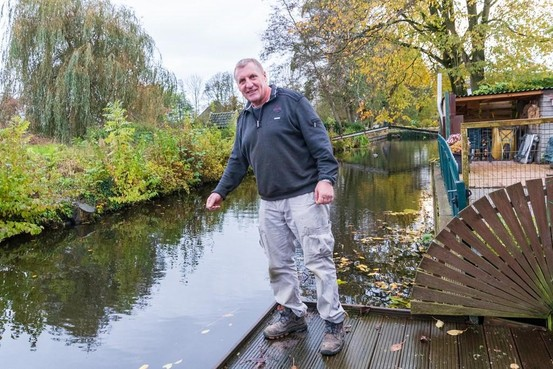 Poolse man is op zoek naar 71-jarige vrouw die hij uit het water redt
