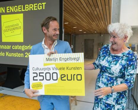 'Fijn!', zegt Martijn Engelbregt over zijn Cultuurprijs Visuele Kunsten