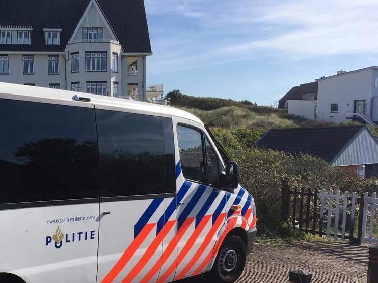 Politie en ME zetten krakers uit pand in Noordwijk