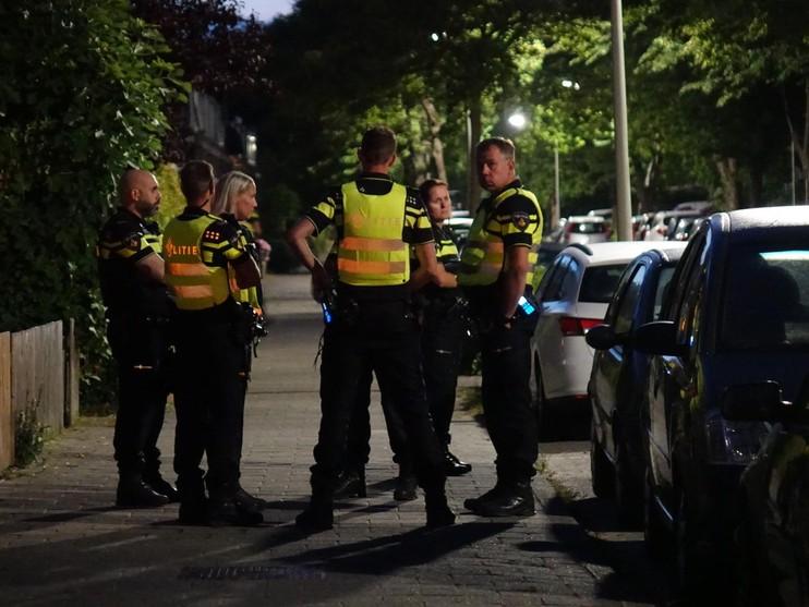 Deur van huis beschoten aan Drieboomlaan in Hoorn